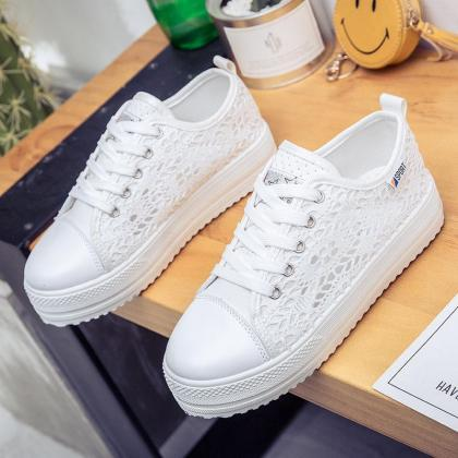 Lace Lace-Up Canvas Platform Sneake..