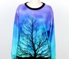 Tree Print Sweatshir..