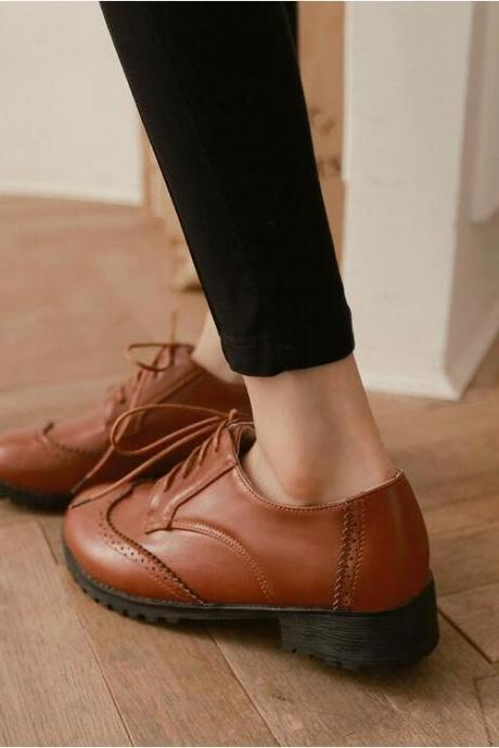 Women's Casual British Style Pure Color Round Toe Shoes