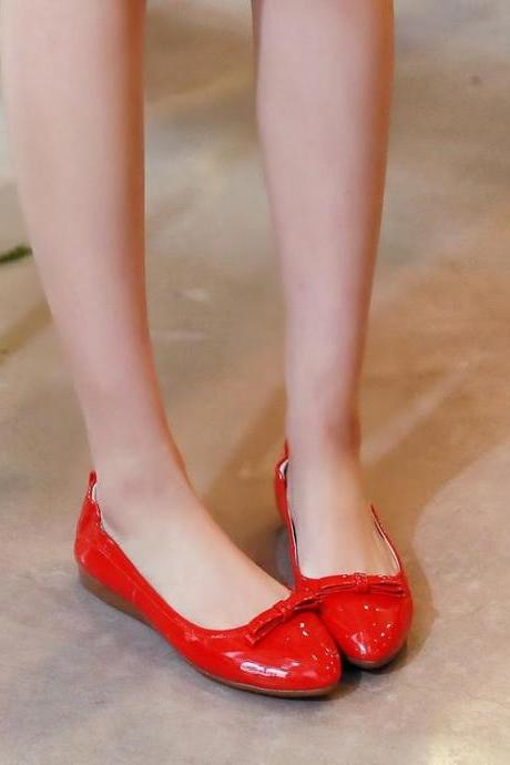 Pointed Toe Patent Leather Ballerina Flats